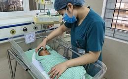Vụ bé sơ sinh bị bỏ rơi ở hố ga: Có người xưng là bà ngoại đến Bệnh viện xin nhận cháu