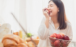 4 sai lầm tai hại khi bà bầu ăn uống, rất nhiều mẹ Việt mắc phải