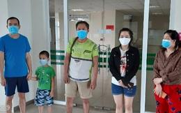 Bé 6 tuổi cùng 4 người nhiễm Covid-19 xuất viện