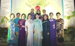 """Lung linh đêm """"Áo dài - Di sản văn hóa Việt Nam"""" tại Văn Miếu - Quốc Tử Giám"""