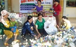 Đổi rác lấy quà tặng ủng hộ phụ nữ nghèo