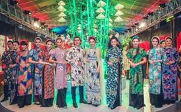 NTK Nhật Dũng ra mắt 2 bộ sưu tập Áo dài ở phố đi bộ Nguyễn Huệ