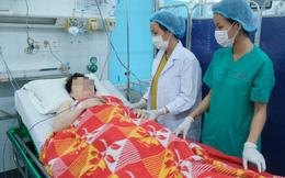 Bác sĩ hai bệnh viện cứu mẹ con sản phụ bị xuất huyết do nhau tiền đạo