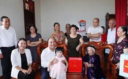 Lần đầu tiên tổ chức gặp mặt đại biểu Mẹ Việt Nam Anh hùng toàn quốc