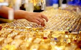 Giá vàng giảm hơn 300.000đ ở cả chiều mua vào và bán ra
