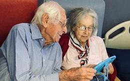 Đôi vợ chồng bên nhau 61 năm cùng đánh bại Covid-19