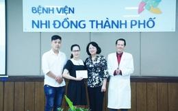 Gần 2 tỉ đồng gửi đến hai bé song sinh Trúc Nhi - Diệu Nhi