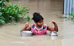 Lũ lụt đi cùng đại dịch Covid-19 đẩy hàng triệu trẻ em Nam Á vào tình trạng mất an toàn