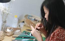 Cô gái truyền cảm hứng yêu thiên nhiên qua những sản phẩm handmade từ hoa, lá, cỏ