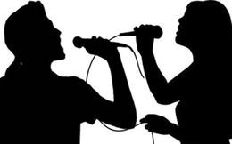 Thầy giáo rủ nữ sinh tuổi teen đi ăn tối, hát karaoke