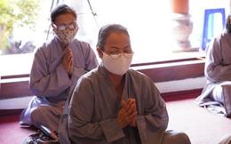 Mùa Vu Lan: Viết sớ qua zalo, dự đại lễ cầu siêu trực tuyến để phòng dịch Covid-19
