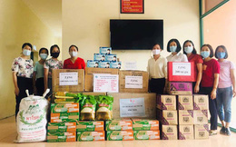 """Phụ nữ Hải Dương trao quà tặng trị giá 140 triệu đồng """"tiếp sức"""" các lực lượng phòng chống dịch"""