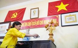 Người phụ nữ hơn 20 năm thầm lặng gìn giữ nơi ở đầu tiên của Bác Hồ tại Hà Nội