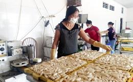 Đạt doanh thu gần 1 tỷ đồng/tháng từ sản xuất bánh gạo