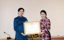 Trưởng Ban Gia đình Xã hội, Trung ương Hội LHPN Việt Nam được trao Huân chương Lao động hạng Nhất