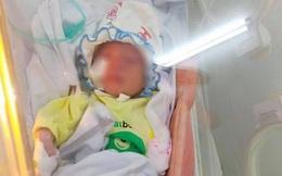 Bé sơ sinh bị bỏ rơi trong khe tường đã xuất viện