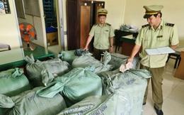 Tiền Giang: Tạm giữ 900kg hàng may mặc nghi nhập lậu