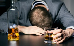 Chuyên gia nói gì về uống bia mùa lạnh làm tăng nguy cơ đột quỵ?