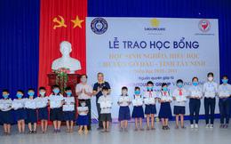 Saigontourist Group trao học bổng cho học sinh nghèo hiếu học