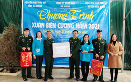 Phụ nữ Hà Giang trao áo ấm, nấu bánh chưng tặng quân nhân, hộ nghèo và học sinh