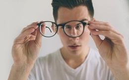 Bị cận thị có đeo kính thường xuyên được không?