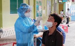 """Xét nghiệm """"thần tốc"""" giúp TPHCM kiểm soát chuỗi lây nhiễm liên quan tới sân bay Tân Sơn Nhất"""