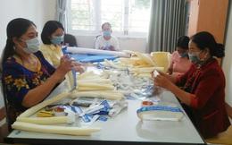 Phụ nữ Gia Lai gác thu hoạch mía xung phong tham gia dập dịch thần tốc