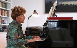 Nữ nghệ sĩ dương cầm 106 tuổi chuẩn bị phát hành album thứ 6