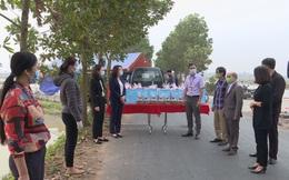 Hội LHPN tỉnh Bắc Ninh tặng quà Tết cho hộ dân thực hiện cách ly phòng, chống Covid-19