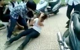 Nữ sinh lớp 10 bị bạn lột áo, kéo lê dưới đường: Công an vào cuộc điều tra