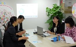 Đoàn cán bộ ngoại giao Hàn Quốc thăm Văn phòng OSSO hỗ trợ phụ nữ di cư hồi hương