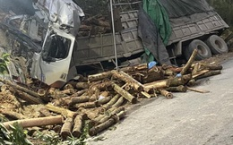 Thanh Hóa: 4 phụ nữ tử vong trong vụ xe tải chở gỗ keo bị lật