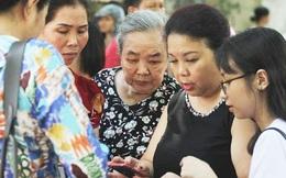 """Thi vào lớp 10 THPT ở Hà Nội: Mẹ cùng con tìm cách """"ứng phó"""" với môn Lịch sử"""