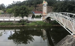 Điều tra nguyên nhân nguồn nước đen ngòm bốc mùi ở di tích quốc gia kênh Nhà Lê