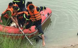 Nữ sinh lớp 10 để lại xe đạp trên cầu, nhảy xuống sông Lam tự vẫn