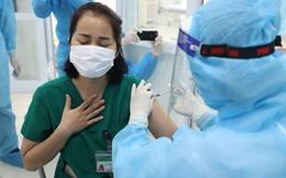Thêm 50.000 liều vaccine Covid-19, Hà Nội mở rộng đối tượng tiêm chủng
