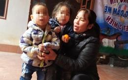 Vụ 2 đứa trẻ bị bỏ rơi trên đê sông Hồng: Người bố kiên quyết không nhập khẩu cho 2 cháu