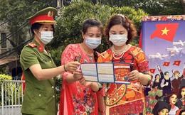 """Hơn 200 ngàn phụ nữ Thủ đô hưởng ứng thông điệp """"Mặc áo dài - Đeo khẩu trang - Đi bầu cử"""""""