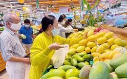 Người dân quận Gò Vấp và phường Thạnh Lộc, quận 12 chỉ ra ngoài khi thật sự cần thiết