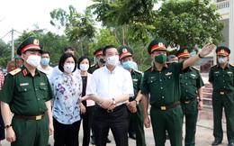 Số ca Covid-19 ở khu cách ly tăng vọt, Chủ tịch Hà Nội thị sát thực địa