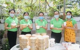 Phụ nữ Đà Nẵng vừa chống dịch Covid-19, vừa hạn chế rác thải nhựa