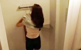Nam sinh lớp 12 quay lén cô giáo trong nhà vệ sinh rồi tống tiền đối diện khung hình phạt nào?