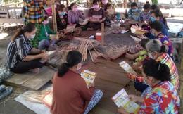 Tổ liên kết tạo việc làm, tăng thu nhập cho phụ nữ từ nghề truyền thống