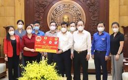 Ban Dân vận Trung ương trao gần 9 tỷ đồng ủng hộ tỉnh Bắc Giang, Bắc Ninh chống dịch