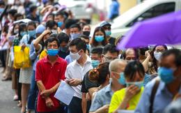 """Sau """"biển người"""" xét nghiệm, tiêm vaccine Covid-19, Hà Nội hoả tốc tăng cường phòng dịch"""