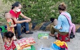 """2 người vợ và 3 con nhỏ bị chồng """"bỏ quên"""" ở Huế được hỗ trợ đưa về quê"""