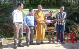 Giáo hội Phật giáo Việt Nam huyện A Lưới hỗ trợ xây dựng nhà cho gia đình khó khăn