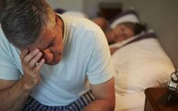 Ngăn chặn mất ngủ từ gốc đối với đàn ông trên 45