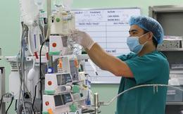 Lần đầu tiên Việt Nam ghép gan cho bé 18 tháng tuổi bị ung thư gan giai đoạn cuối