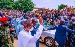 Hôn lễ xa hoa của con trai Tổng thống Nigeria giữa dịch Covid-19